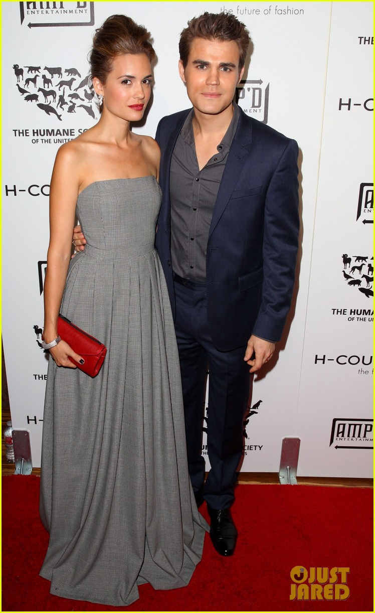 paul wesley torrey devito h couture fashion show 01