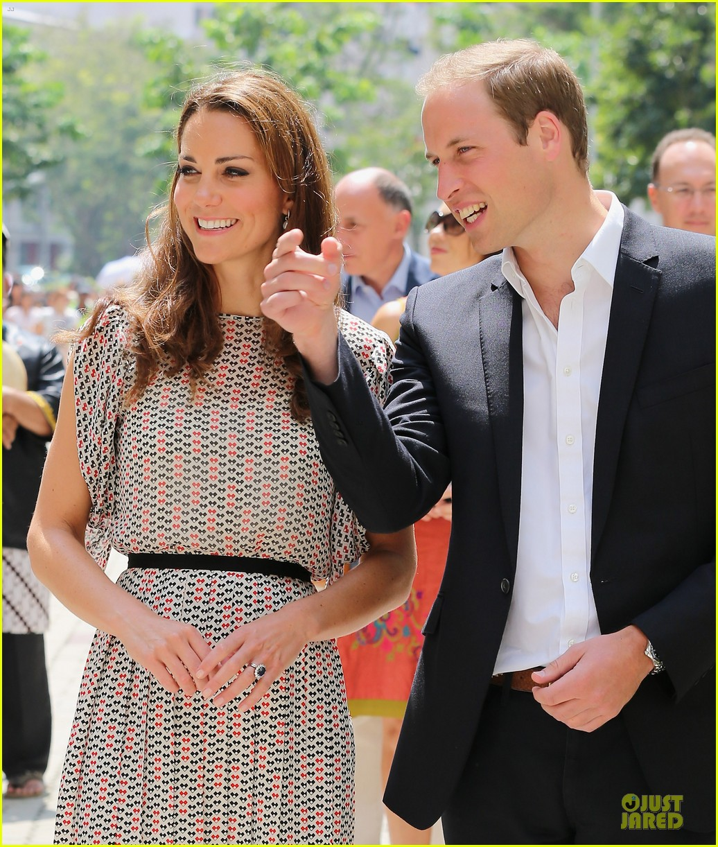 prince william duchess kate visit garden by the bay 02