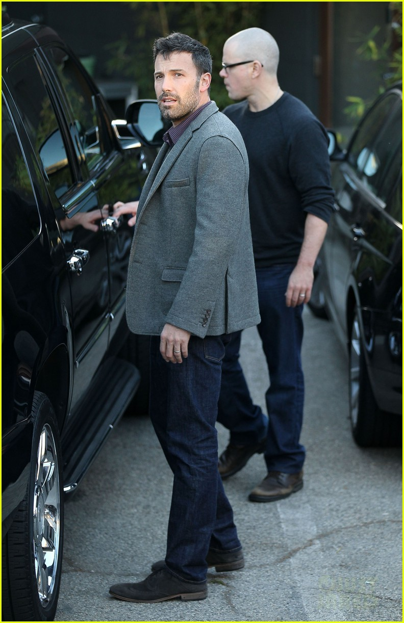 ben affleck matt damon business meeting buddies 05