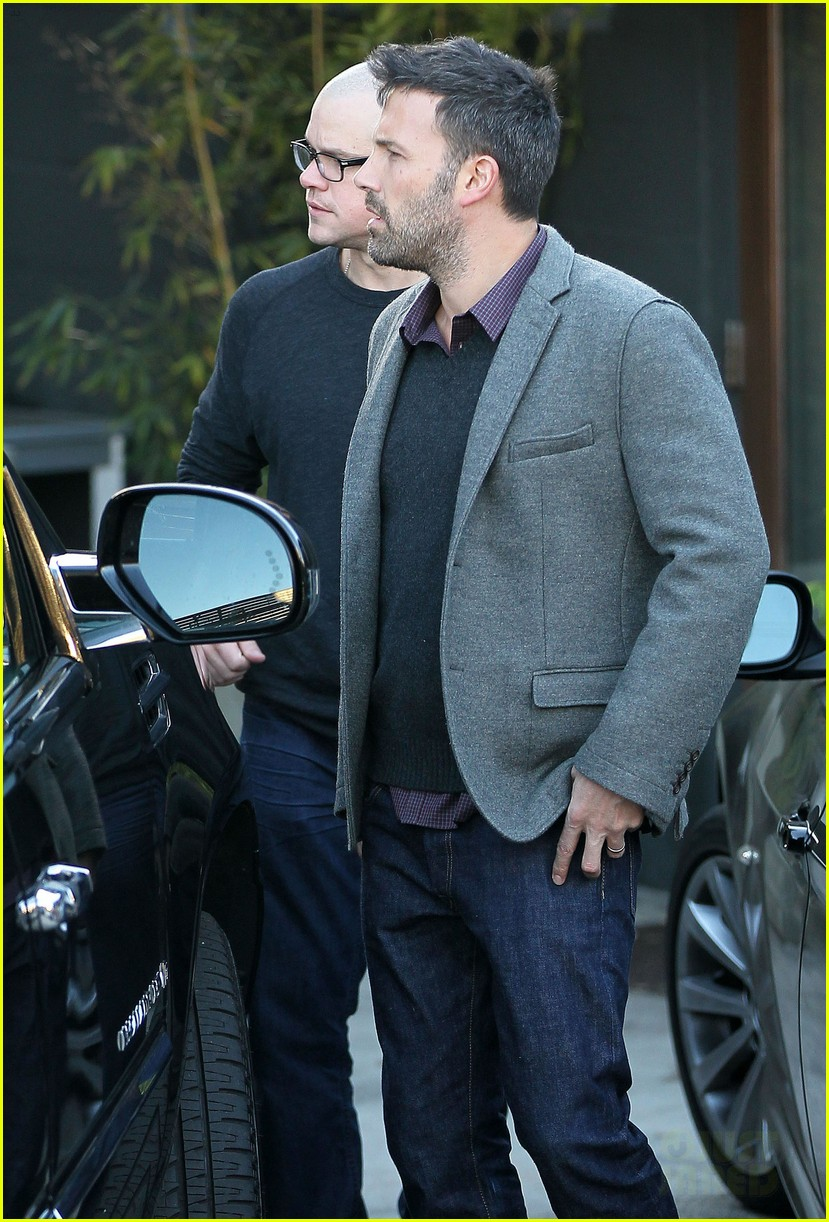 ben affleck matt damon business meeting buddies 102744493