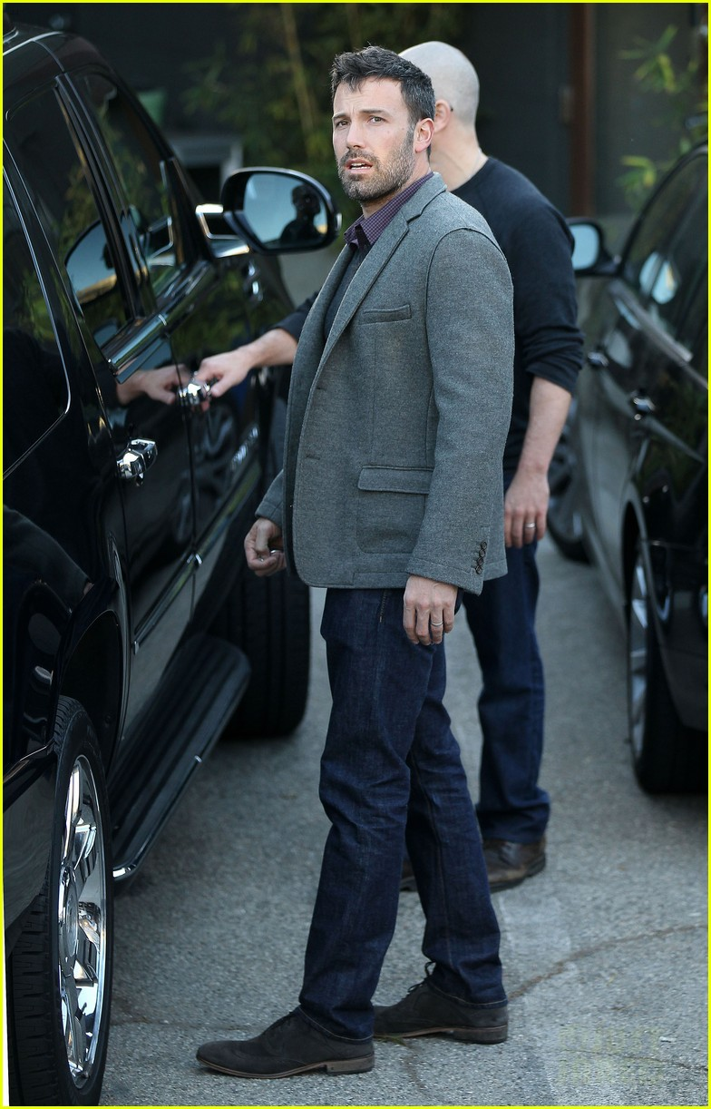 ben affleck matt damon business meeting buddies 15