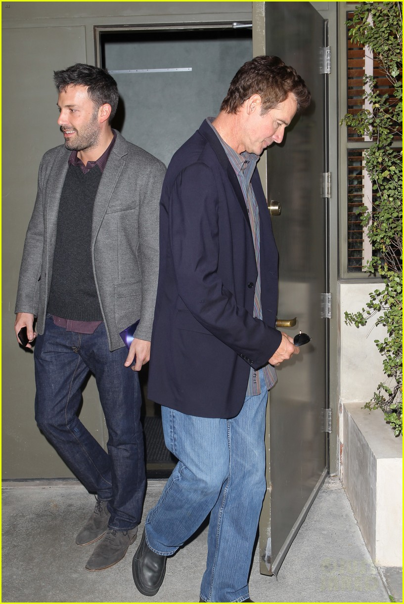 ben affleck matt damon business meeting buddies 25