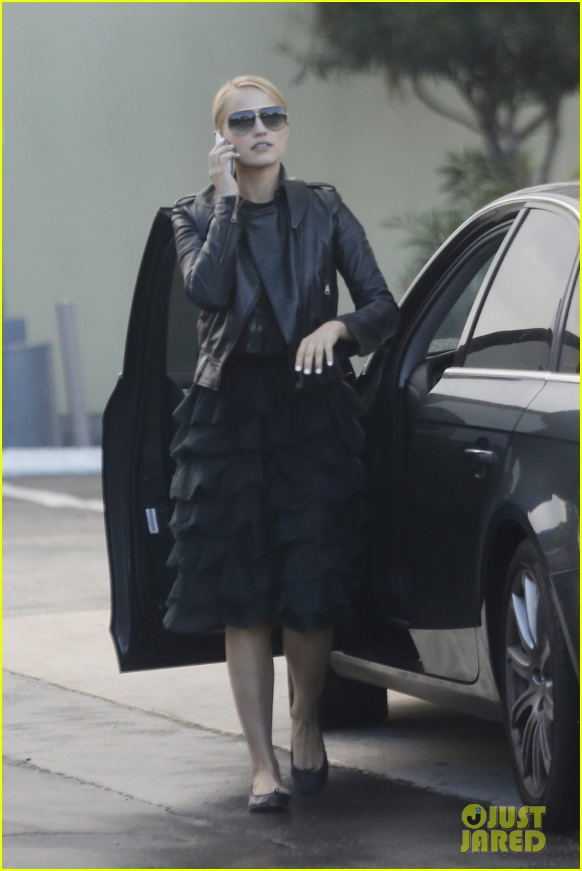 dianna agron stylish gas station stop 04