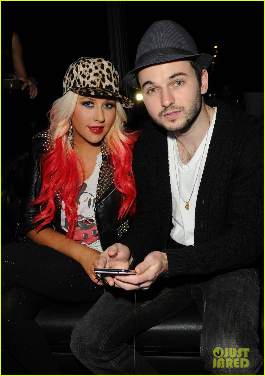 christina aguilera matthew rutler samsung galaxy launch 09
