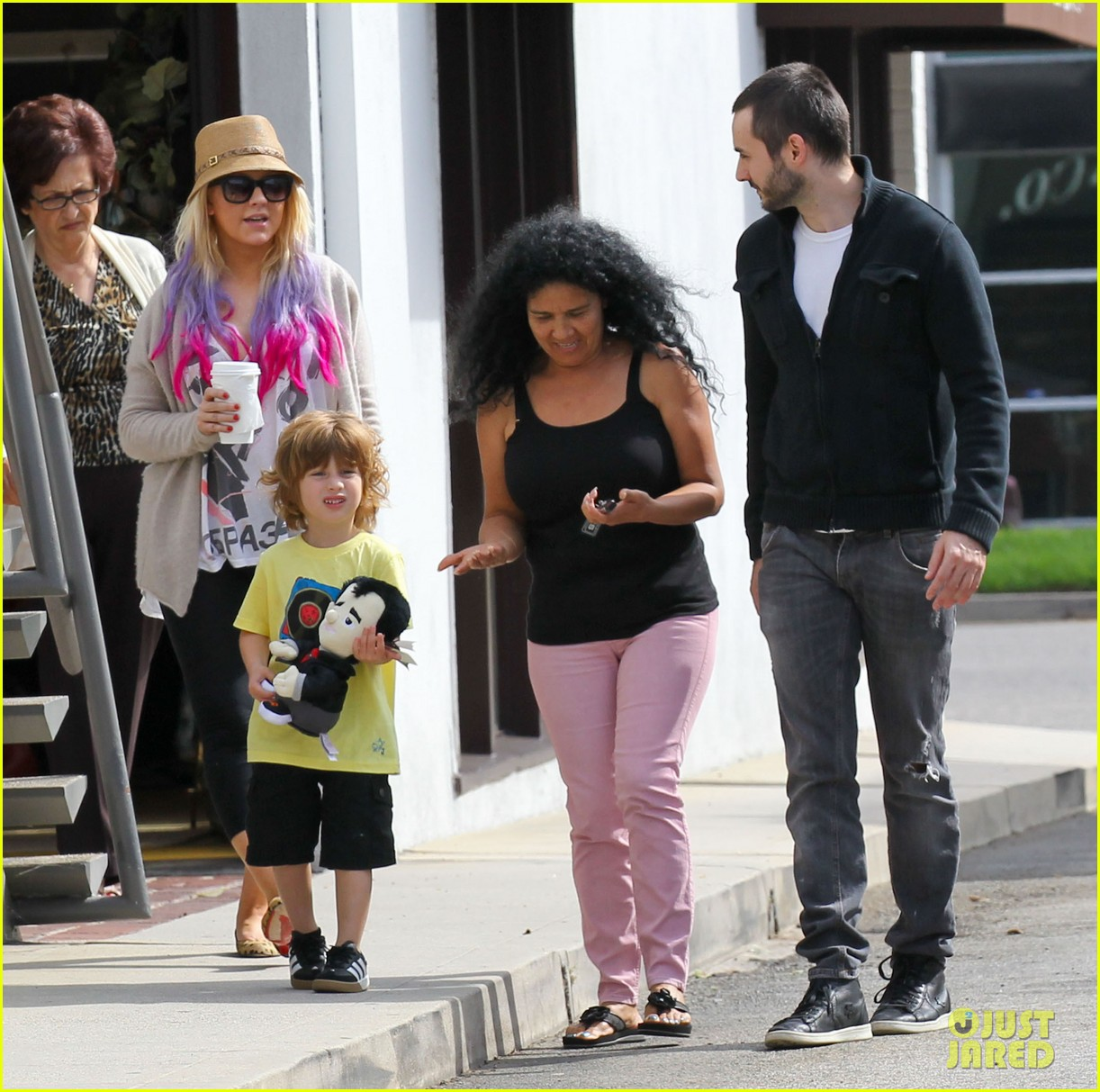 christina aguilera matthew rutler shopping with max 30