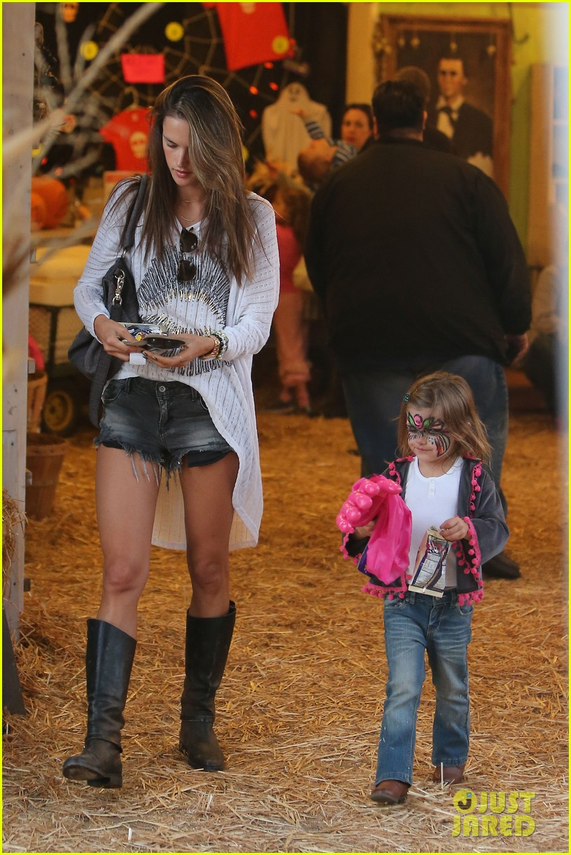 alessandra ambrosio mr bones pumpkin patch visit 05