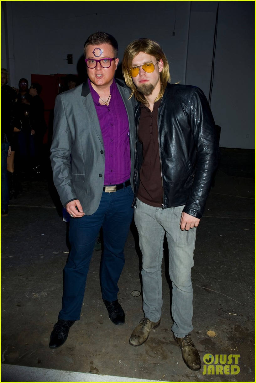 ashley benson chord overstreet just jared halloween party 042747513