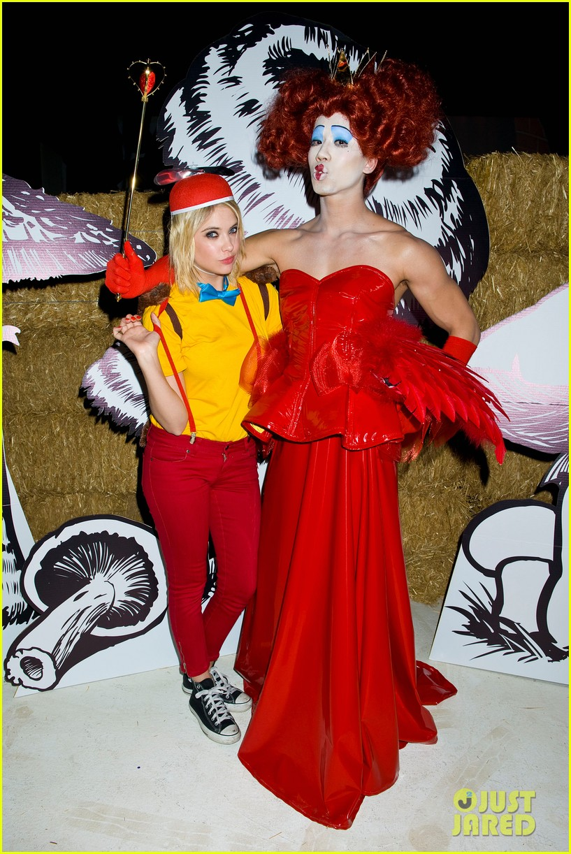 ashley benson chord overstreet just jared halloween party 35