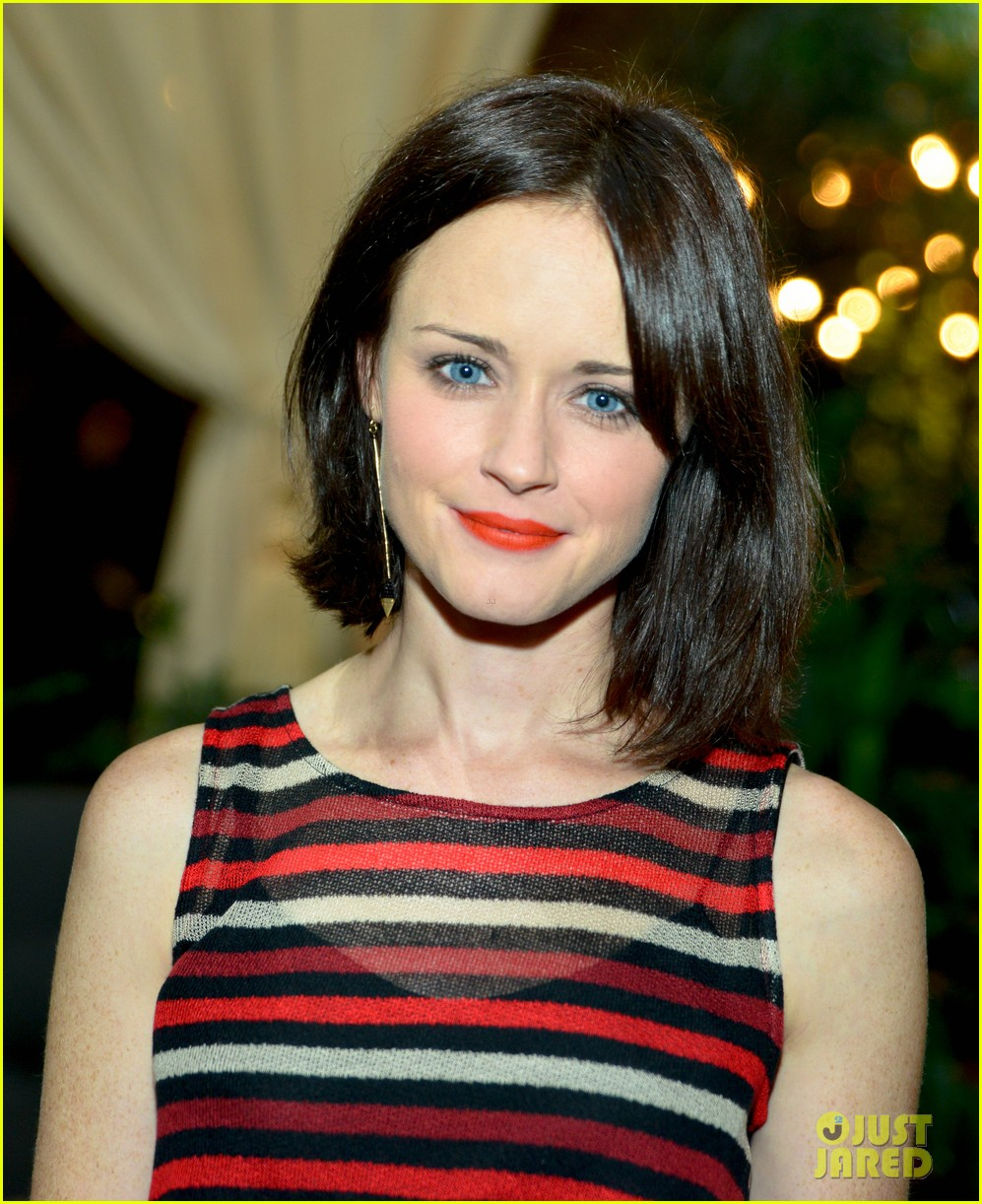 alexis bledel beckley by melissa collection party 03