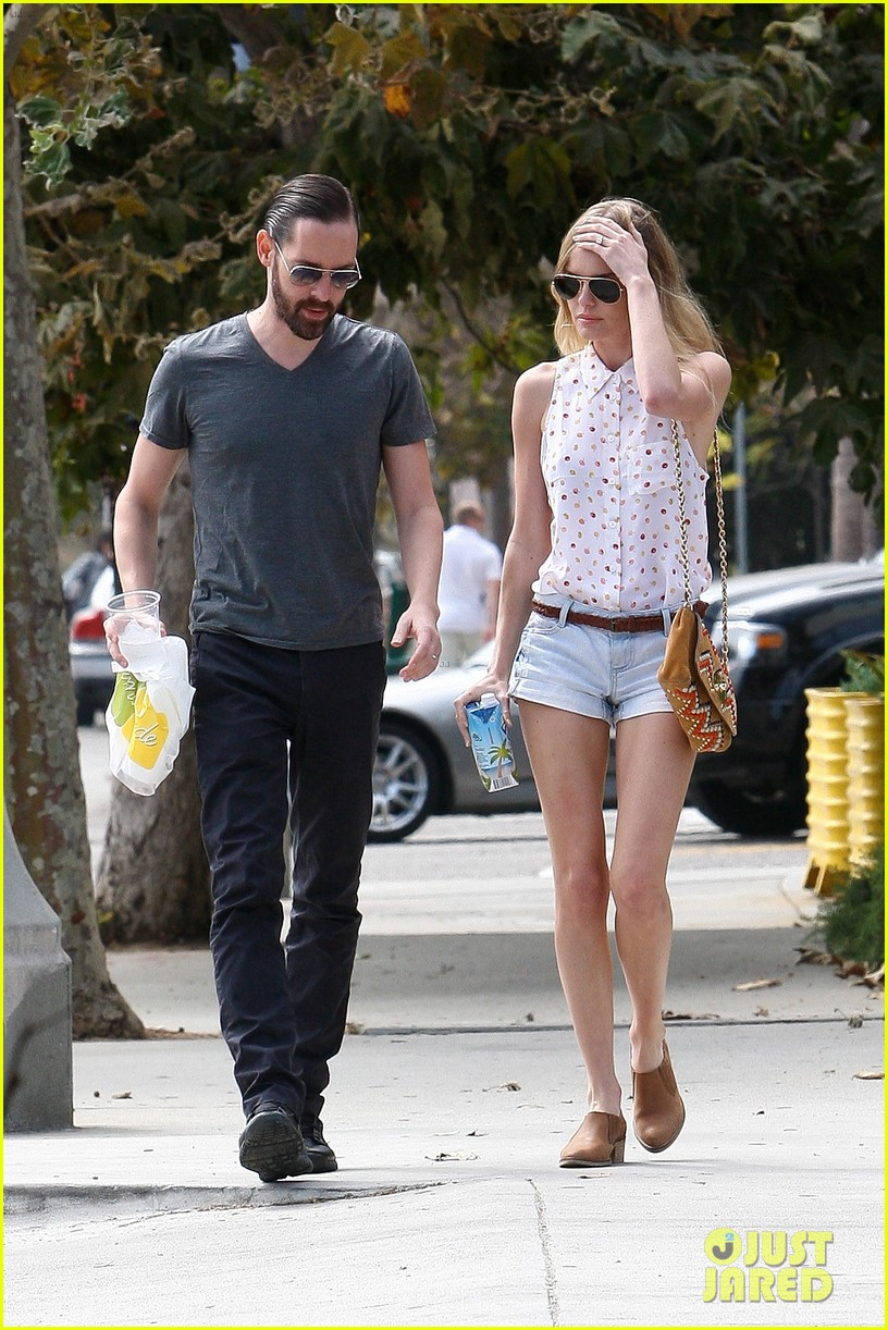 kate bosworth michael polish bristol farms market mates 152732584