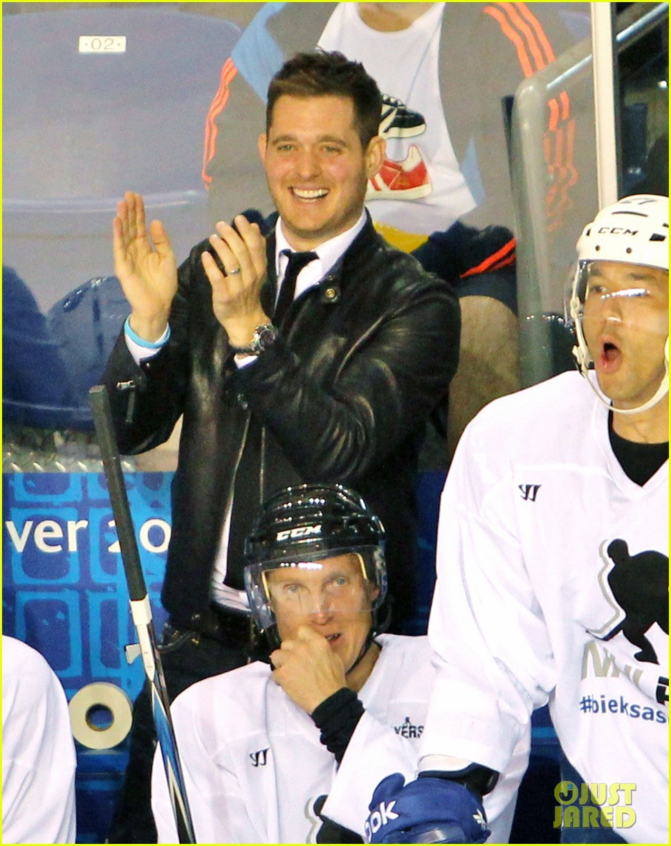 michael buble bieksas buddies charity hockey game 042740698
