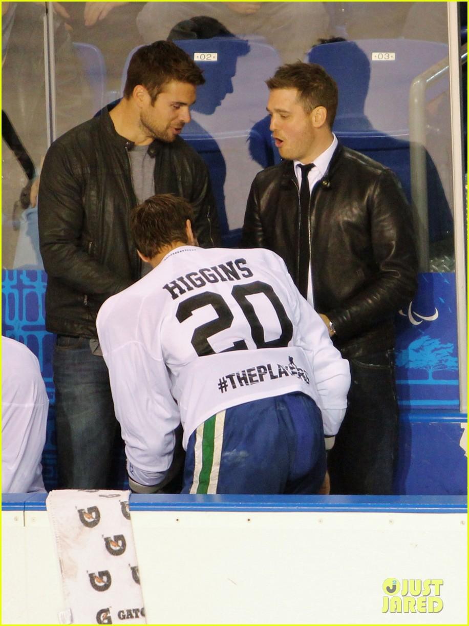 michael buble bieksas buddies charity hockey game 062740700