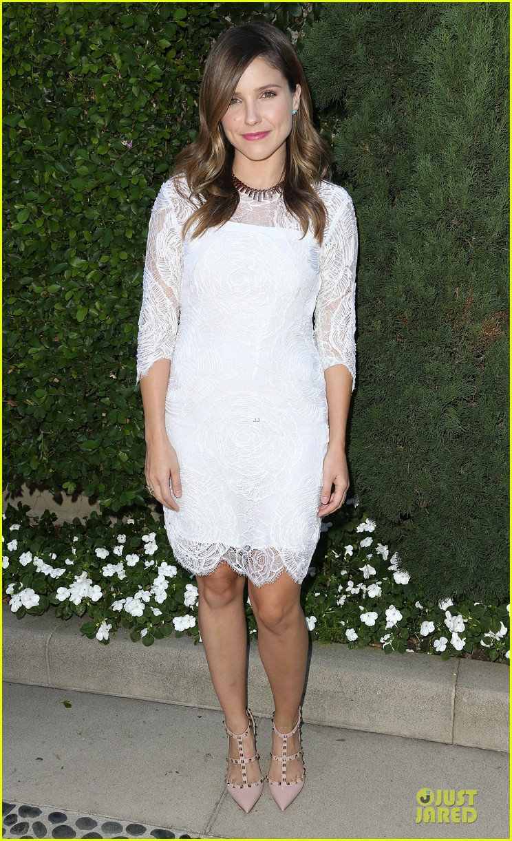 sophia bush viola davis rape center fundraiser 01