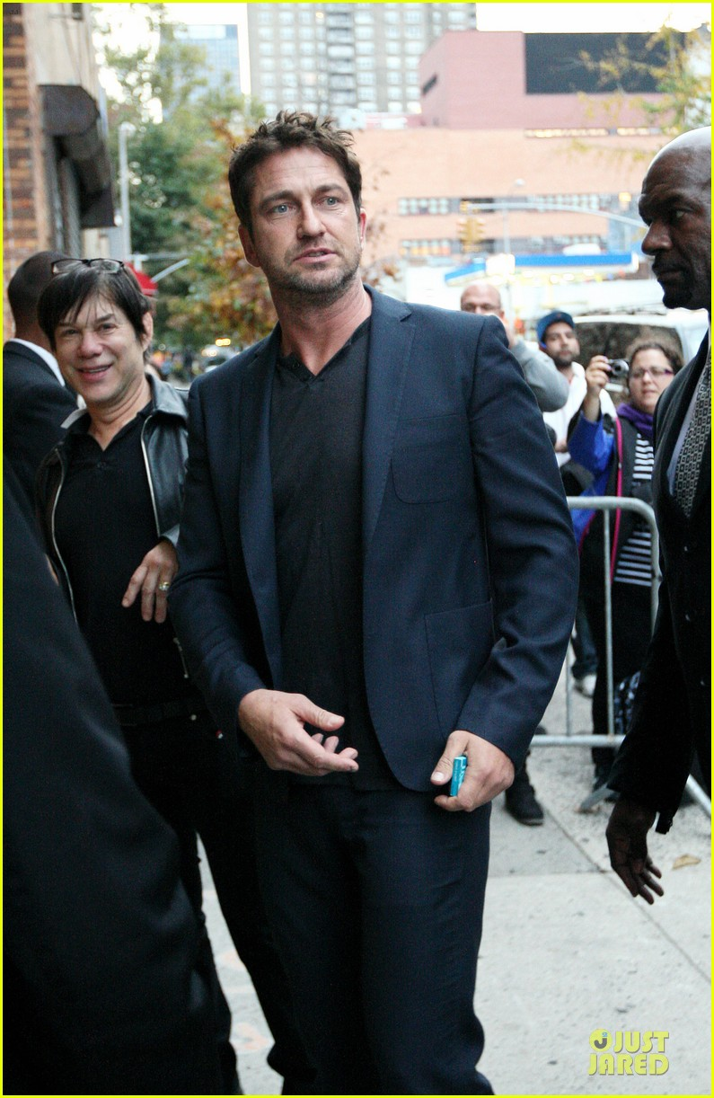 gerard butler olympus has fallen release date pushed up 07