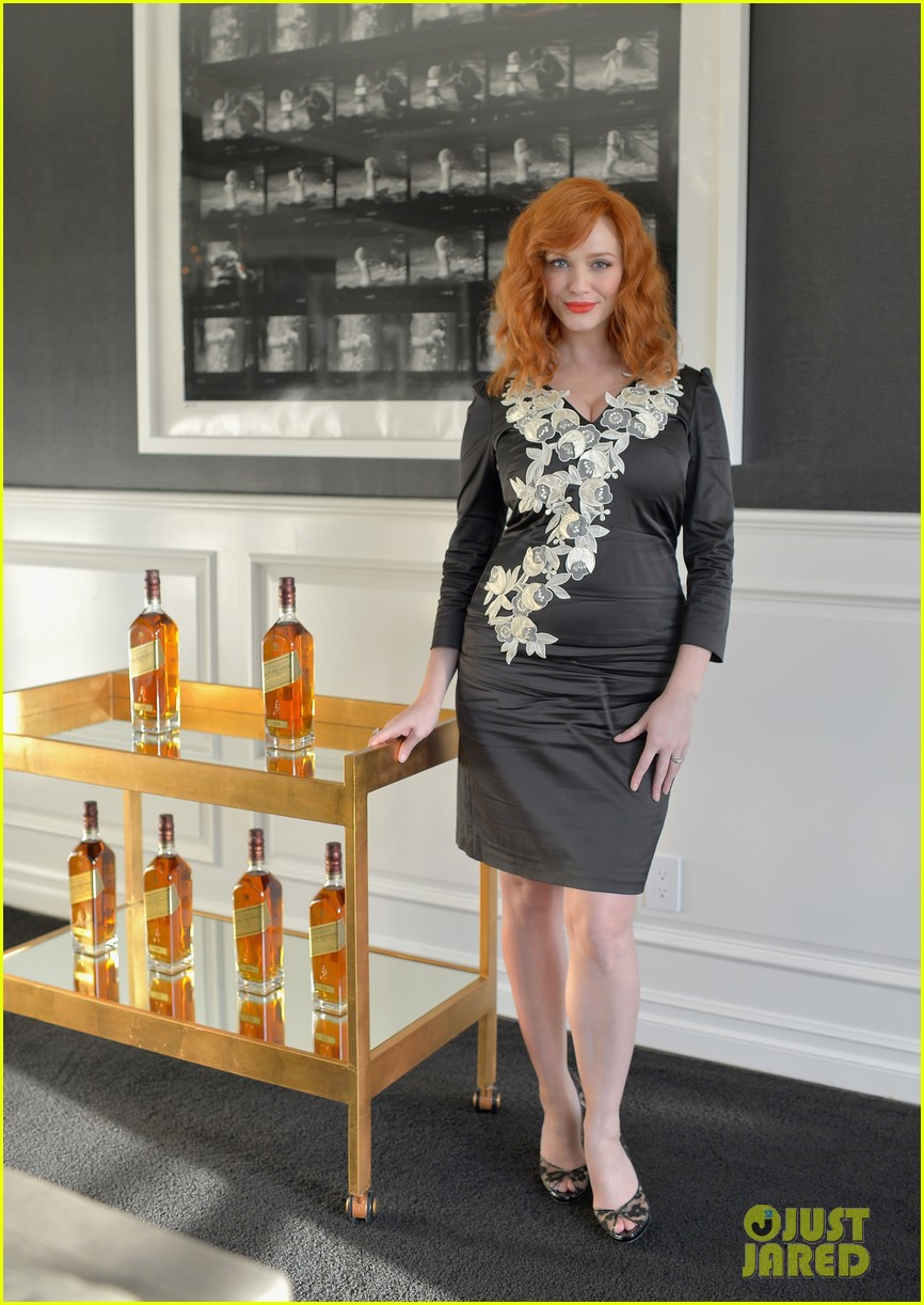 christina hendricks house of walker surprise guest 03