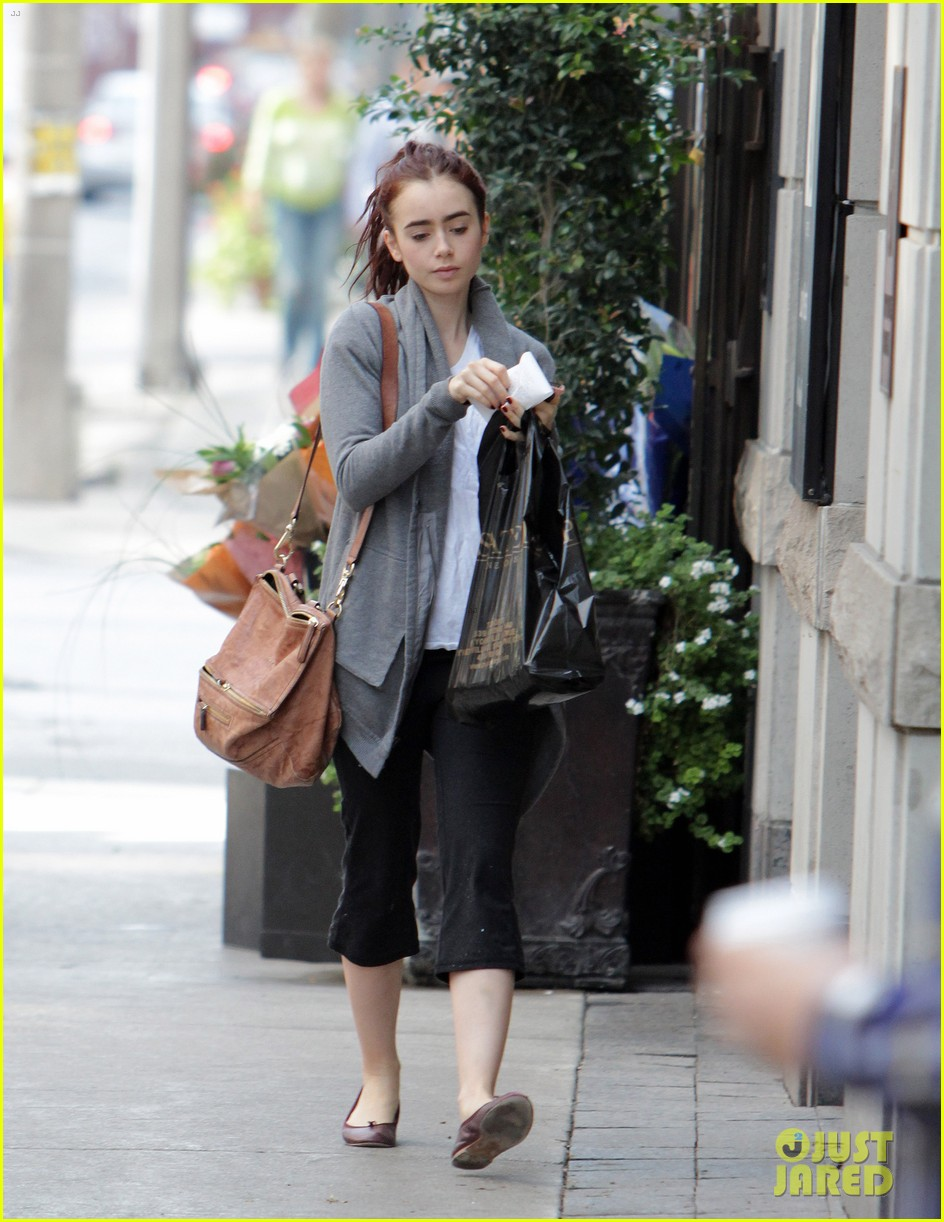lily collins mortal instruments break in toronto 05