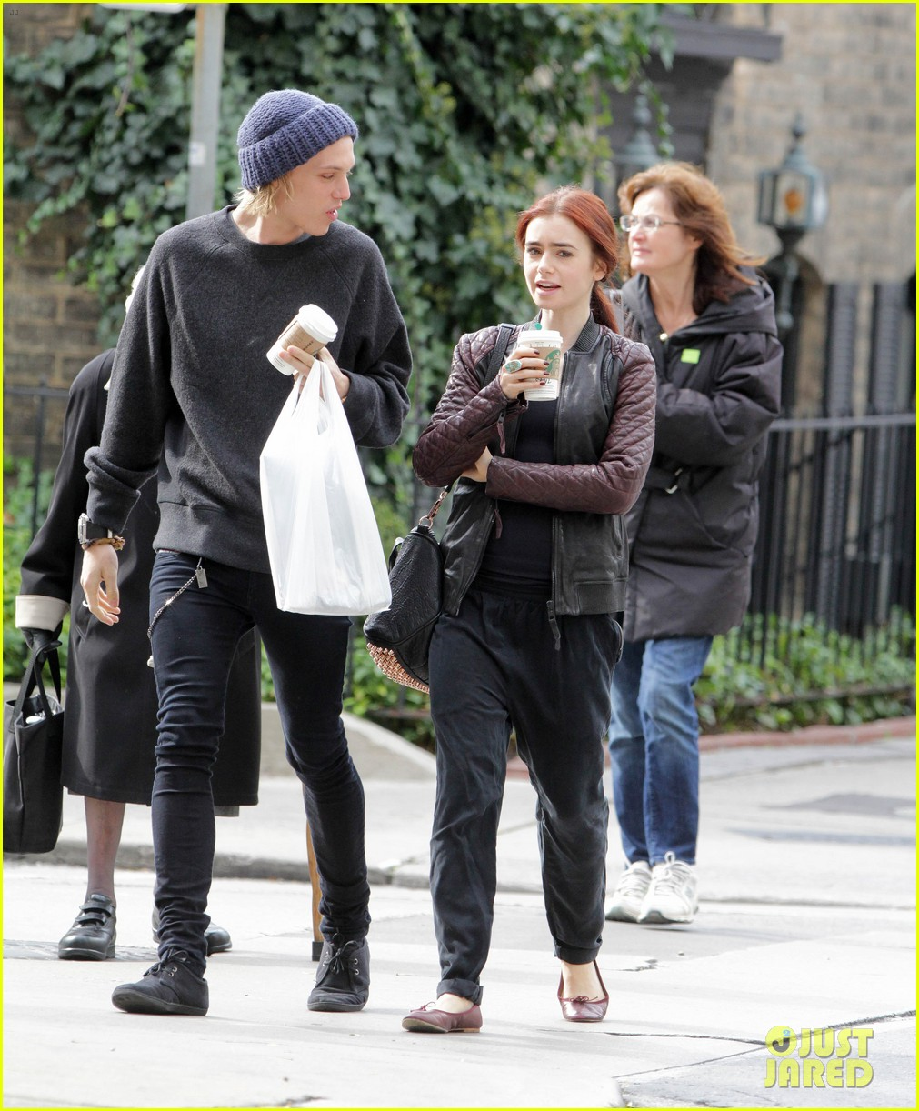 lily collins morning coffee jamie campbell bower 11