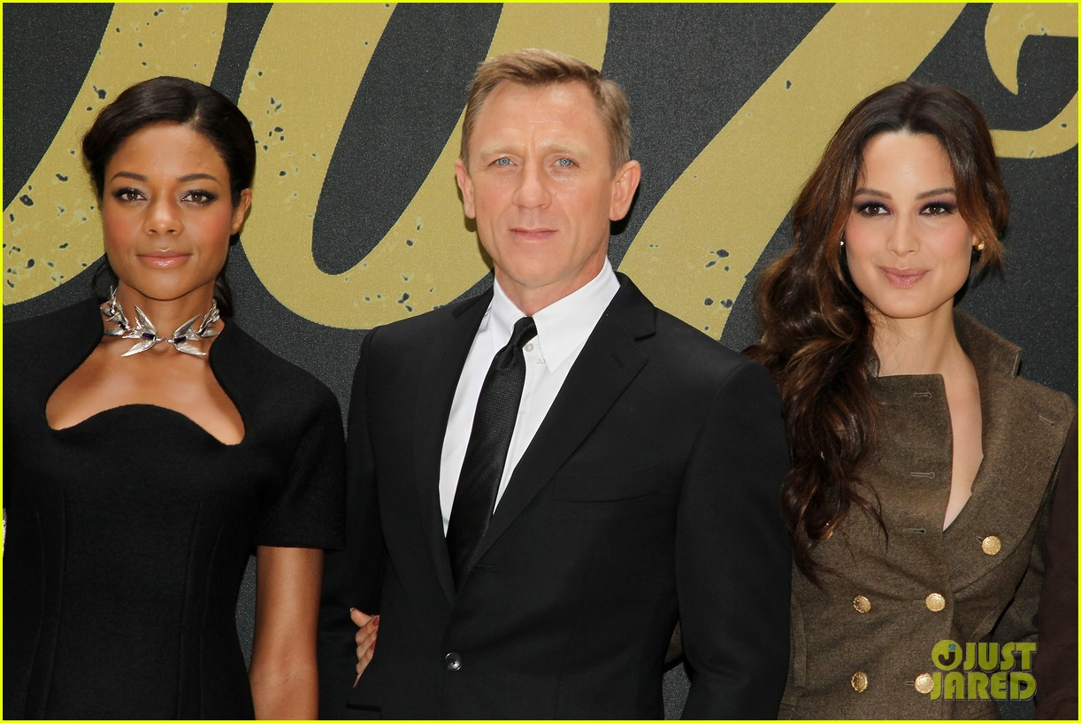 daniel craig skyfall photo call 14