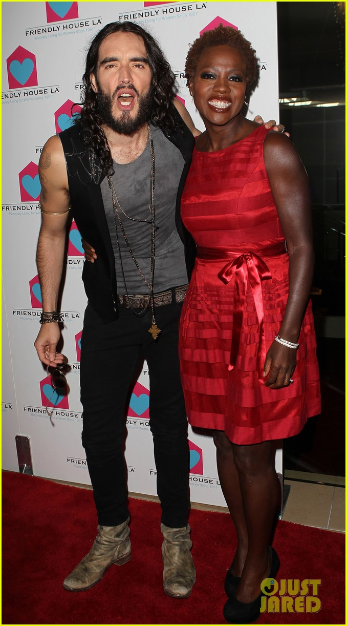 viola davis friendly house awards luncheon gala with russell brand 09
