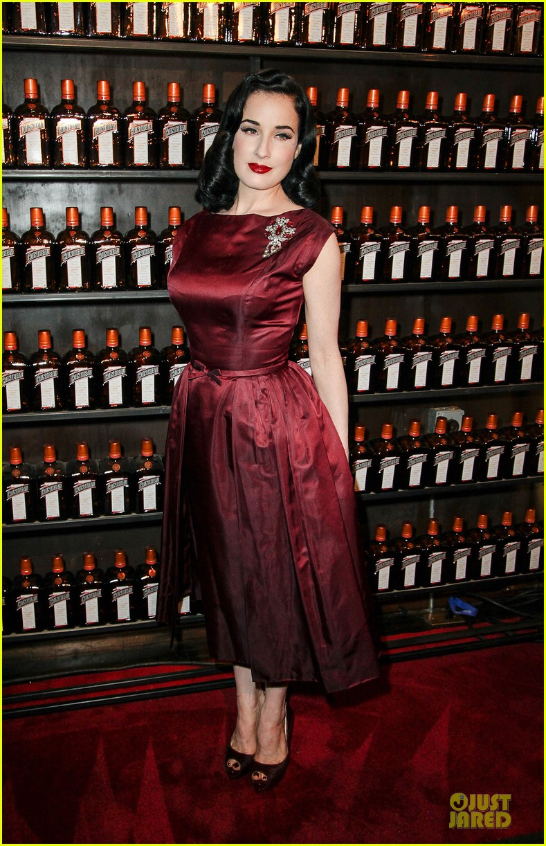 dita von teese cocktail debut in new york 072739612