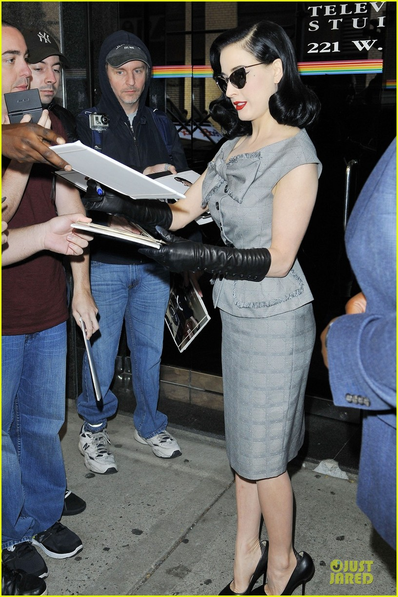 dita von teese cocktail debut in new york 23