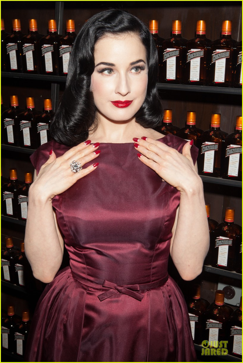 dita von teese cocktail debut in new york 24