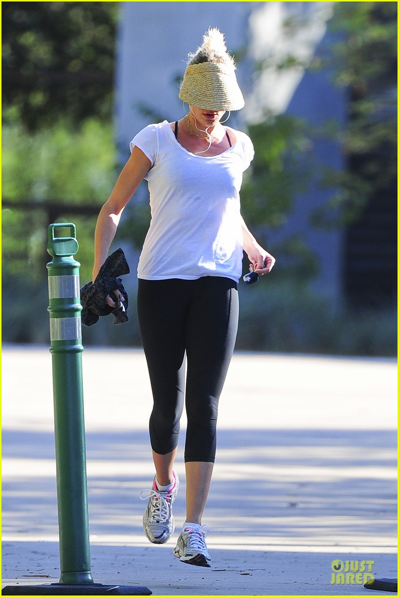 cameron diaz visored jog in the hills 032738223