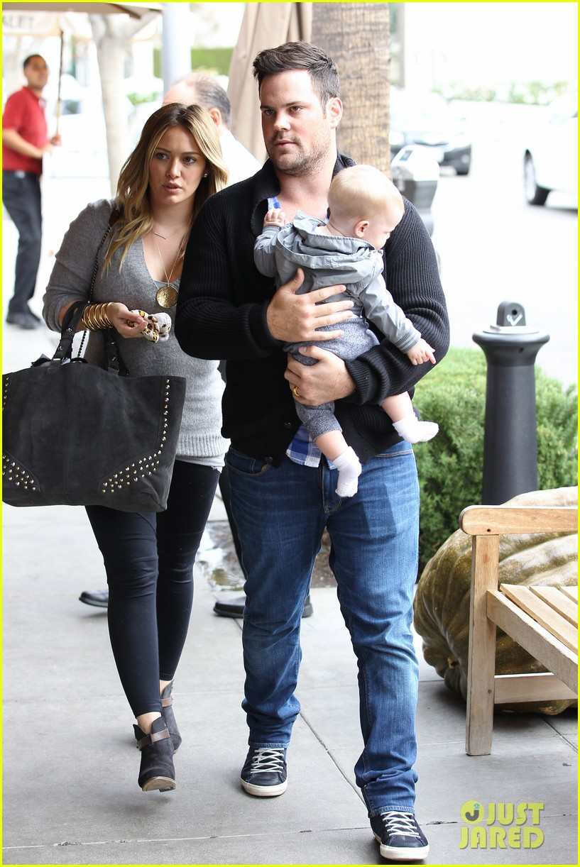 hilary duff happy seven month birthday luca 01