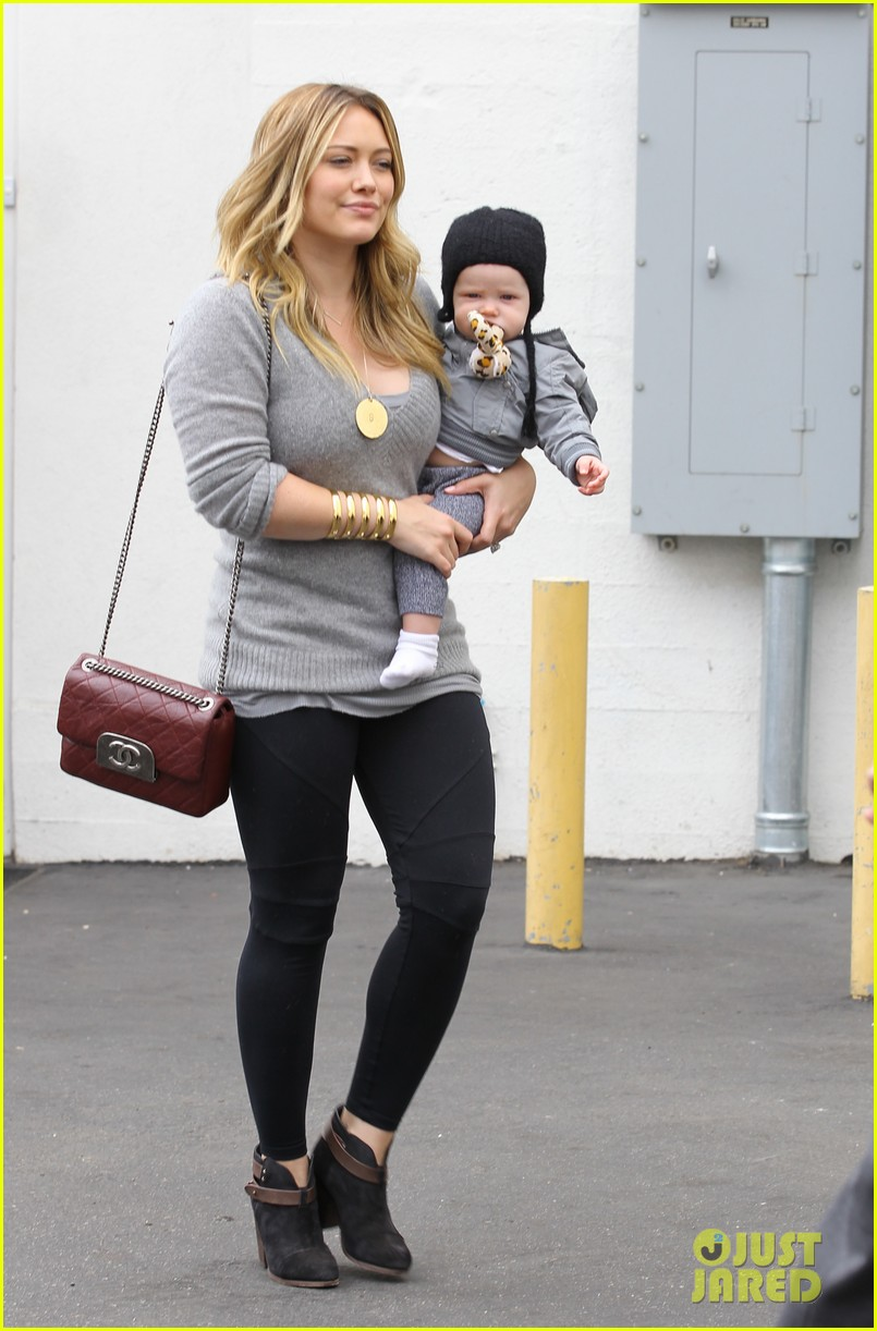 hilary duff happy seven month birthday luca 04