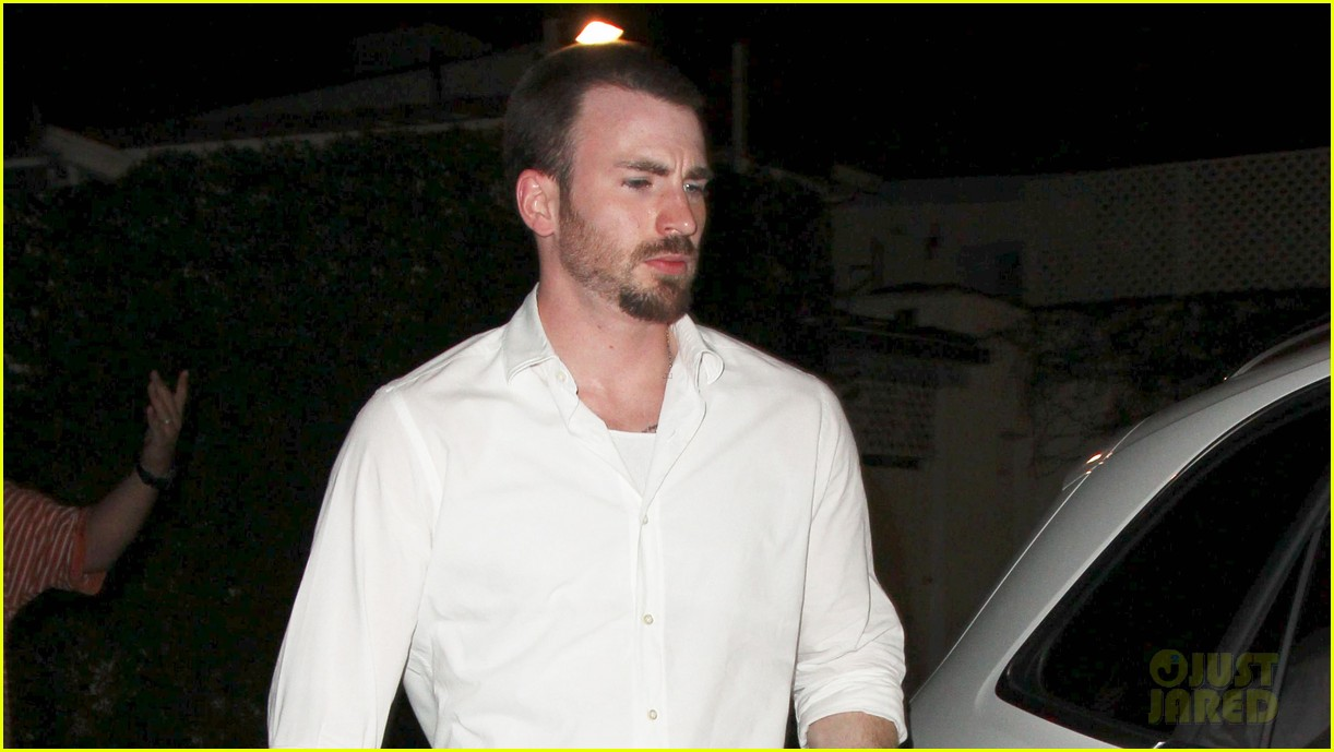 minka kelly chris evans casa vega dinner 022738580