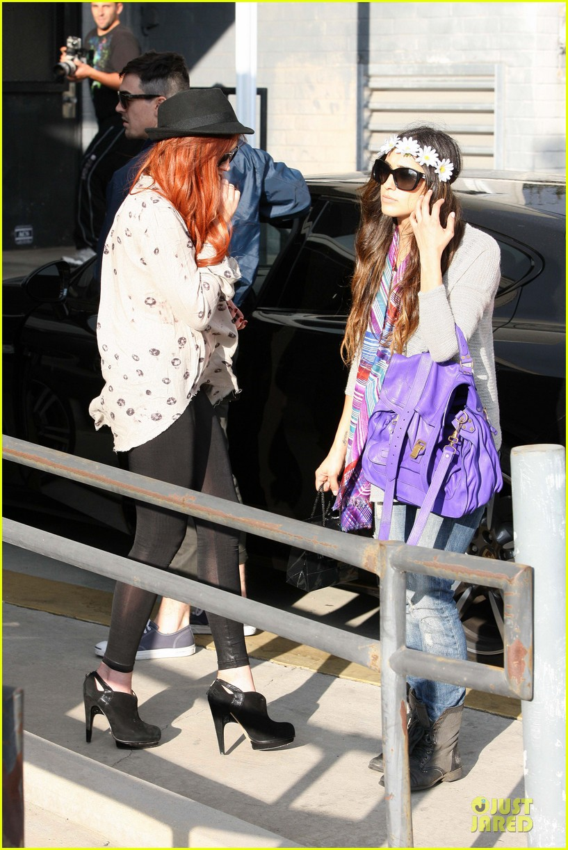 lindsay lohan daughters have fights with moms 052737320