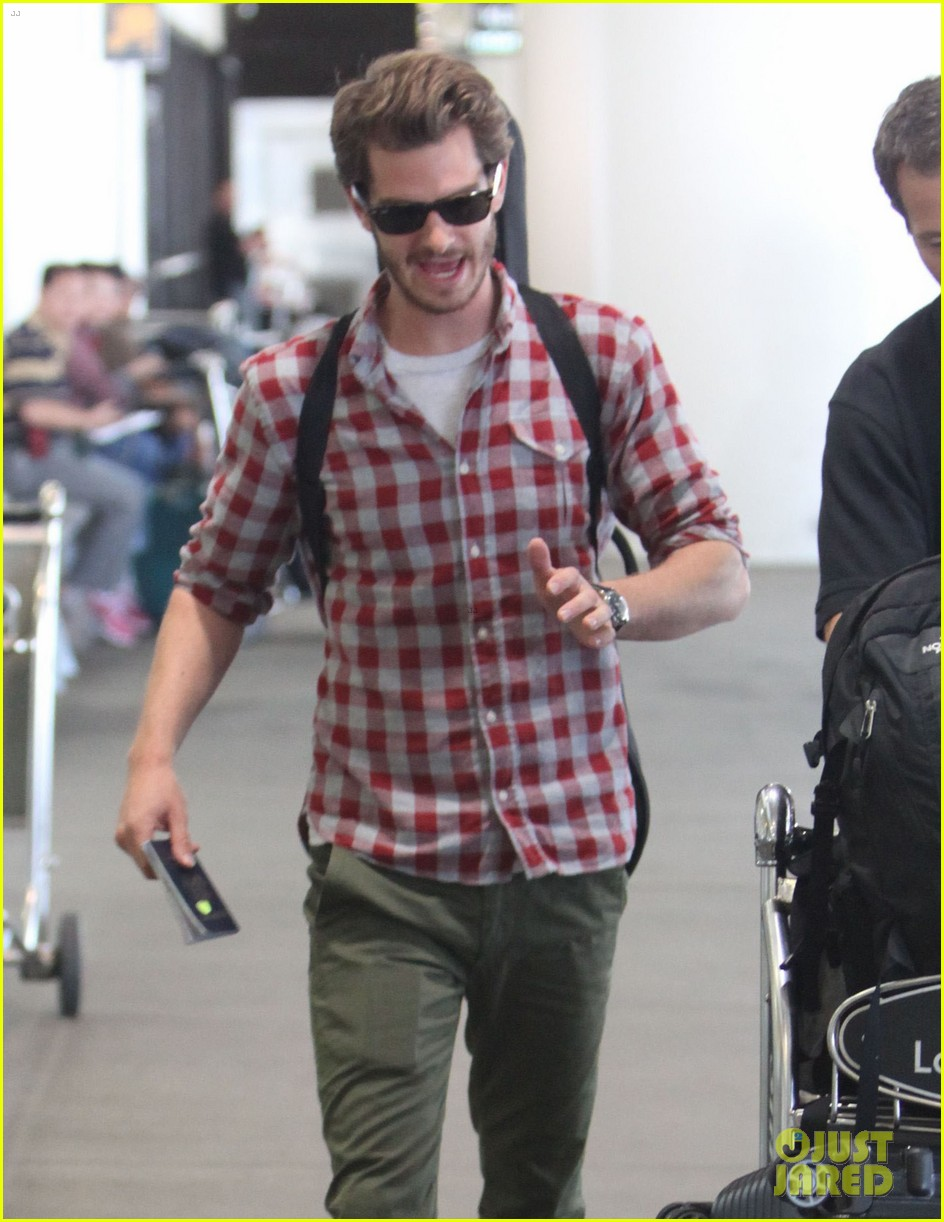 andrew garfield from london to lax 04
