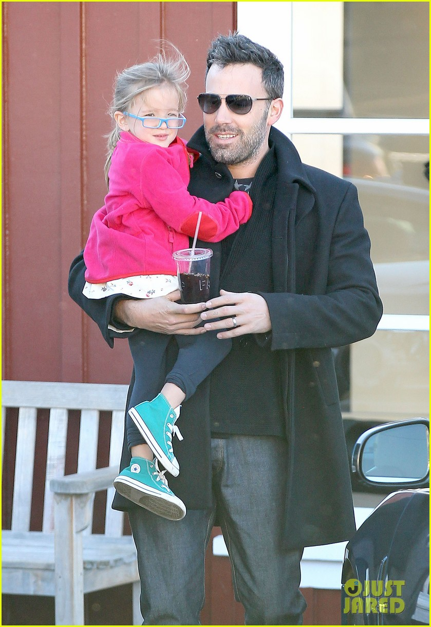jennifer garner ben affleck brentwood breakfast with seraphina 13