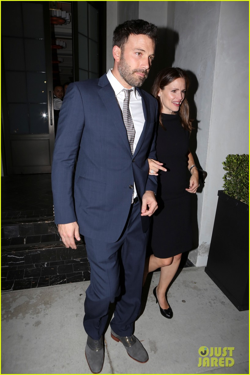 jennifer garner ben affleck fundraiser at spago 01