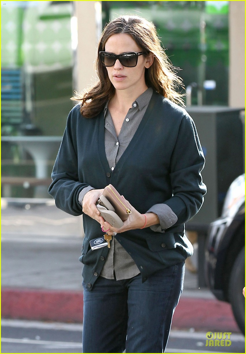 jennifer garner karate class with seraphina 112737229