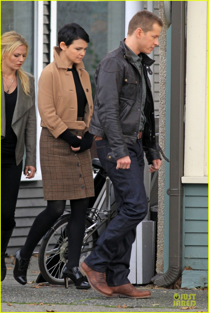 ginnifer goodwin josh dallas once upon a time pawn shop filming 11