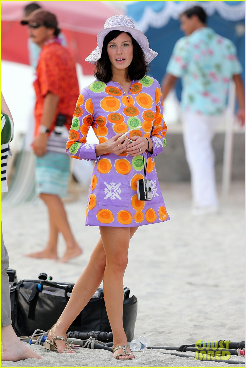 jon hamm jessica pare beach wedding for mad men 05