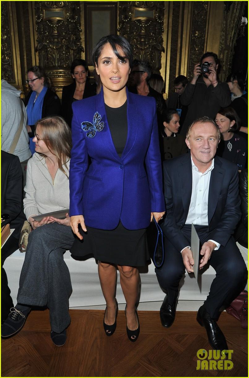 salma hayek stella mccartney paris fashion week show 02