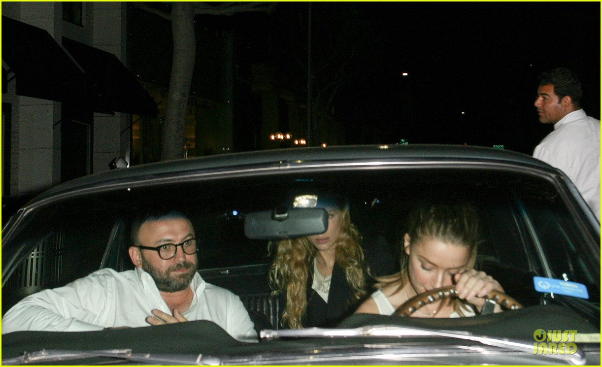 amber heard mr.chow restaurant stop 02