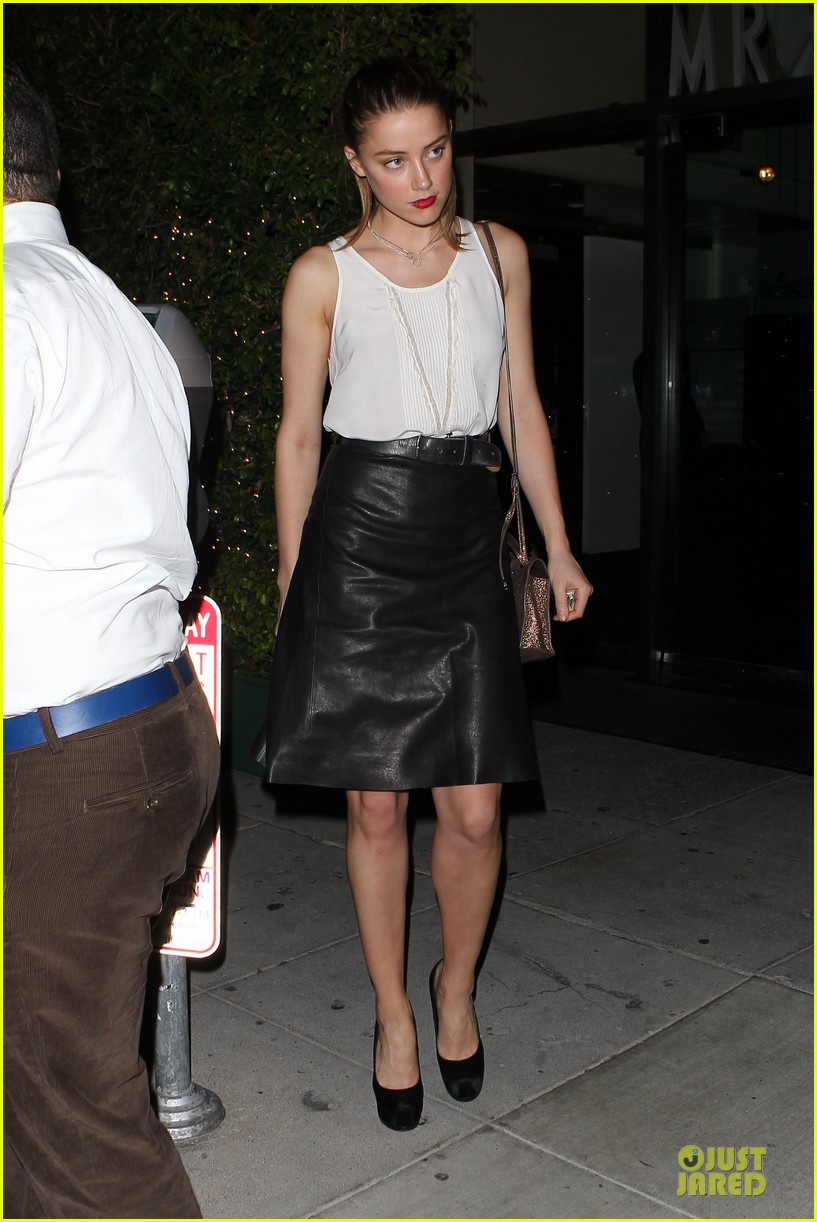 amber heard mr.chow restaurant stop 08