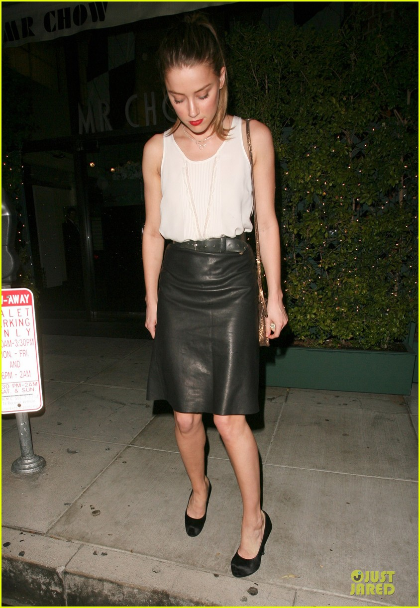 amber heard mr.chow restaurant stop 17