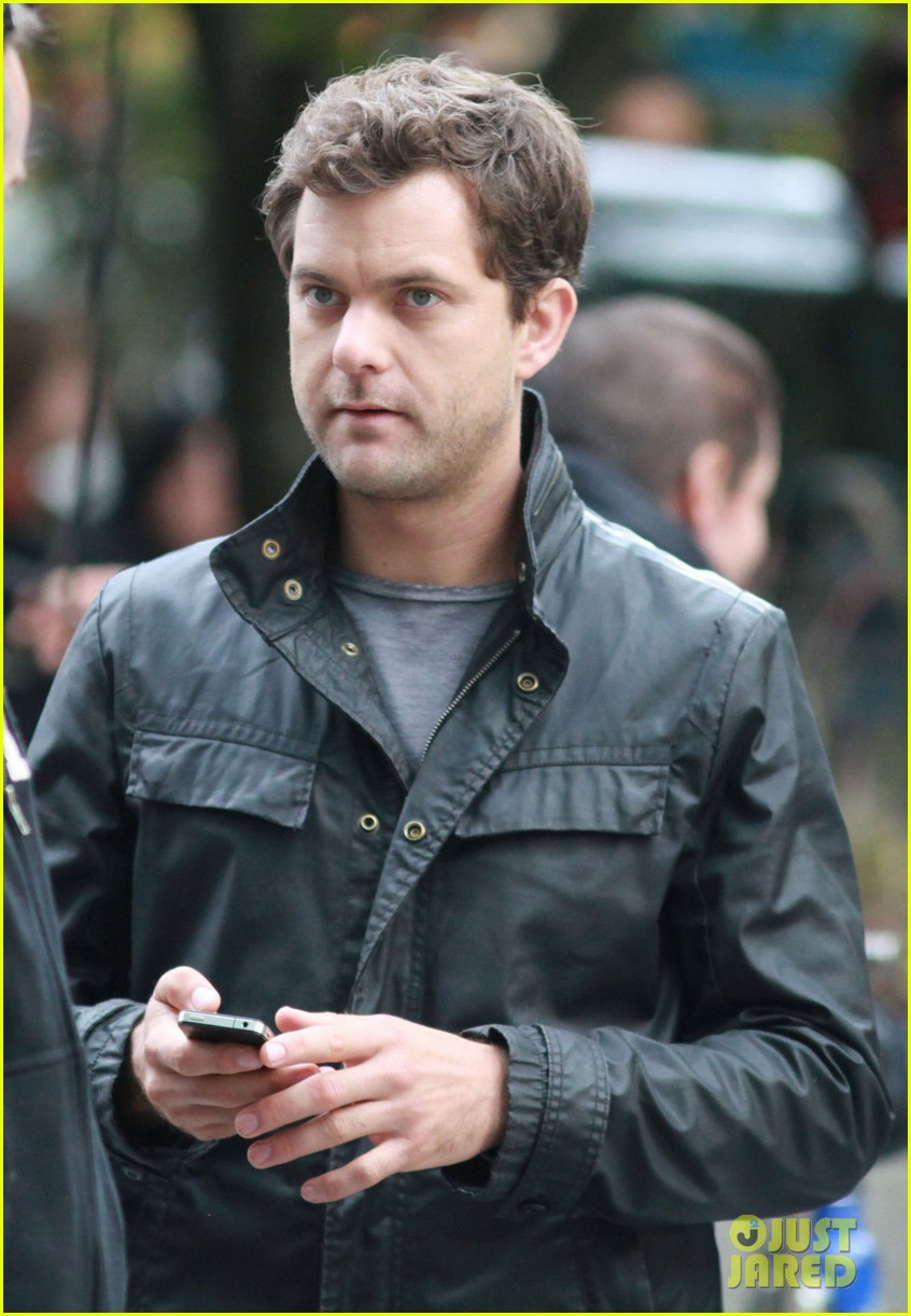 joshua jackson fringe set 06