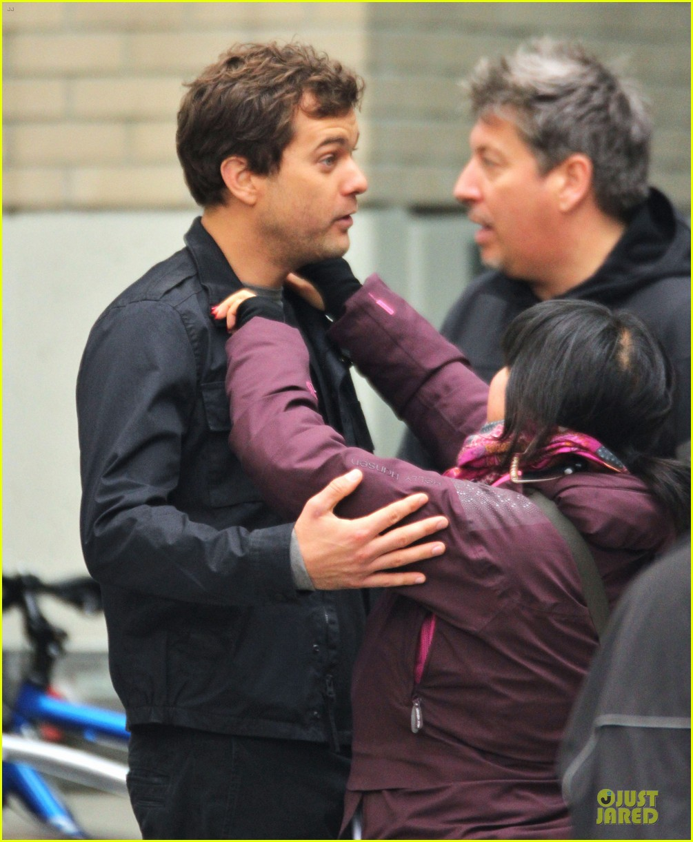 joshua jackson streches on fringe set 15
