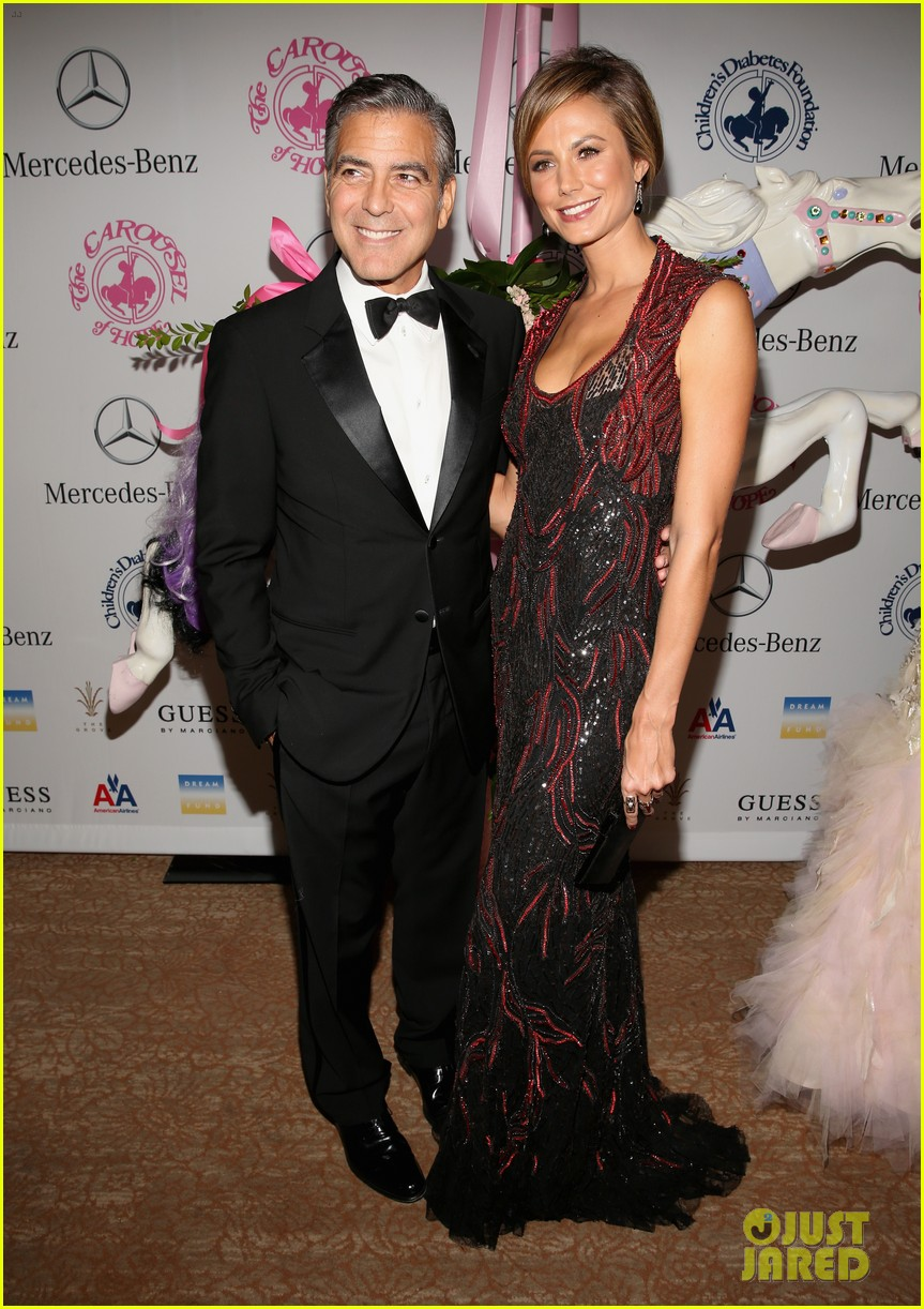 george clooney carousel of hope with stacy keibler 01