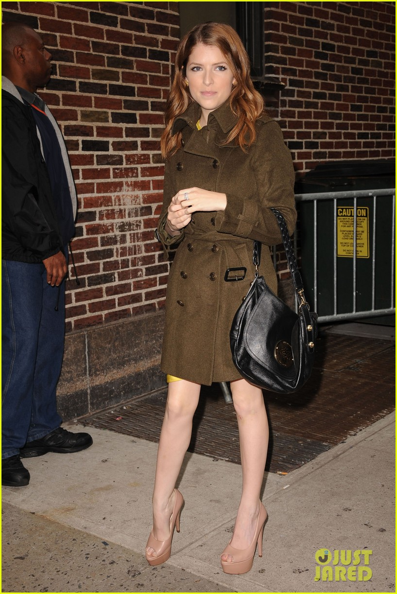 anna kendrick late show with david letterman visit 052733187