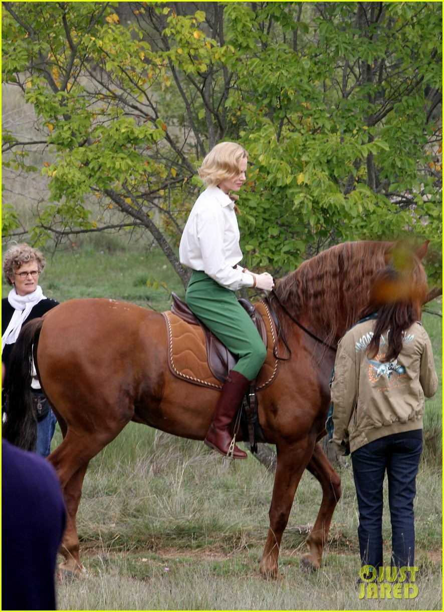 nicole kidman horseback riding for grace kelly 09