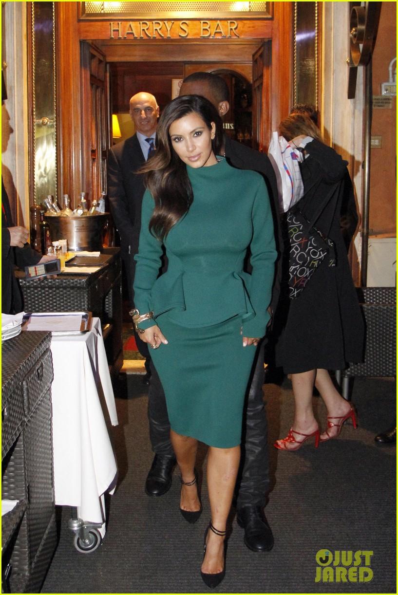 kim kardashian kanye west dal bolognese couple 01