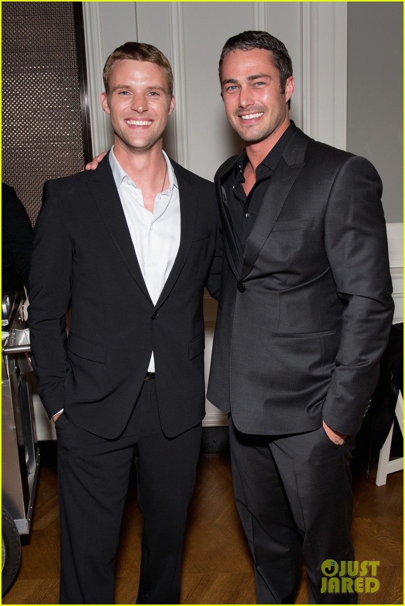taylor kinney jesse spencer chicago fire premiere 05