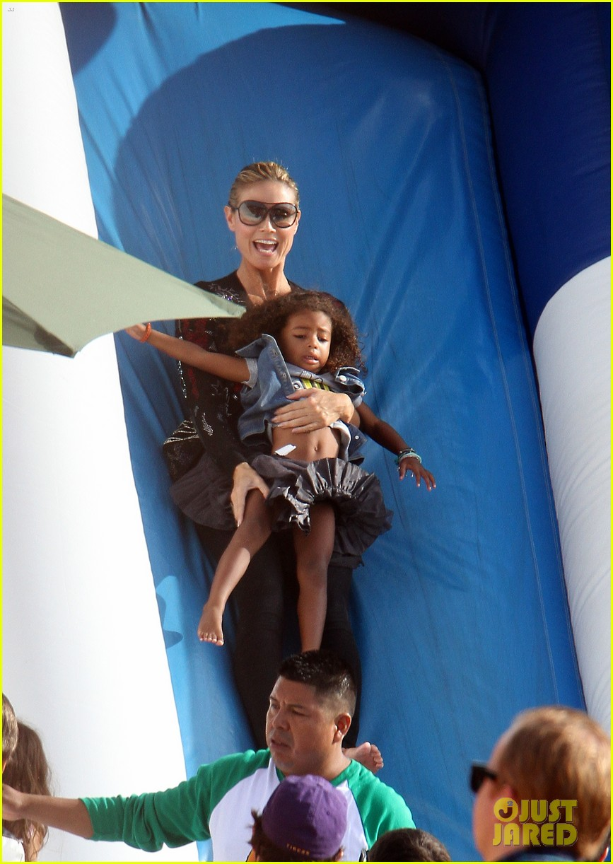 heidi klum martin kirsten pumpkin patch with the kids 05