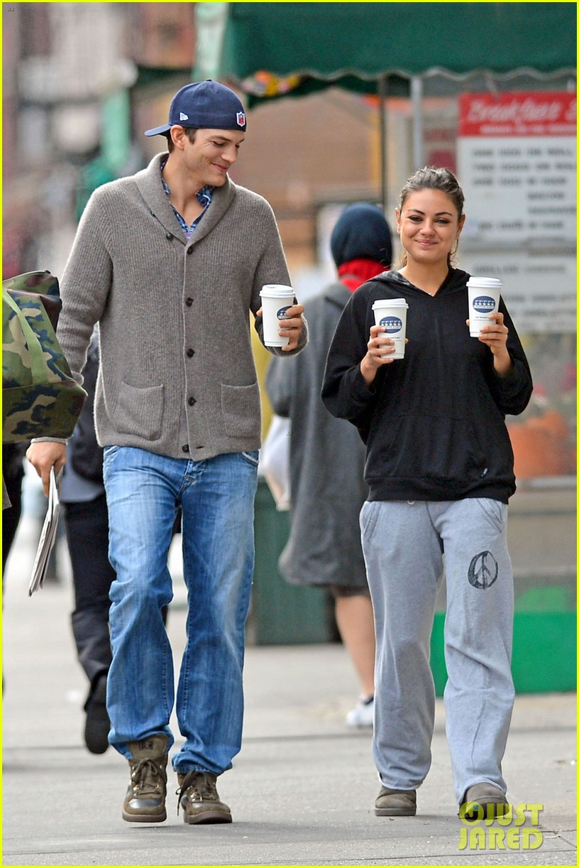 Mila Kunis and Ashton Kutcher relationship history - INSIDER